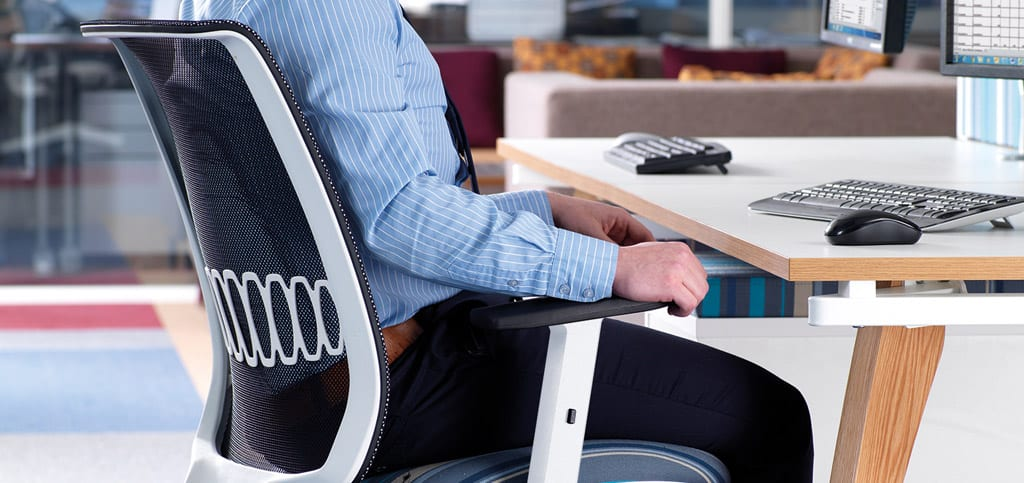 lex-office-desks-and-chairs11